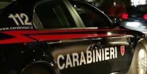 Tenta di strangolare l'ex moglie: arrestato 71enne