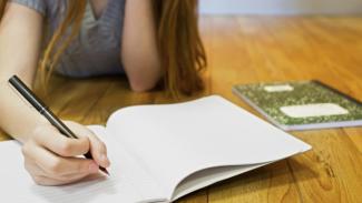 """""""Luoghi in Armonia"""", il concorso per giovani scrittori"""