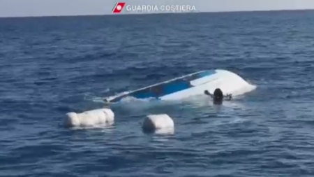 Naufraga una barca che trasportava droga