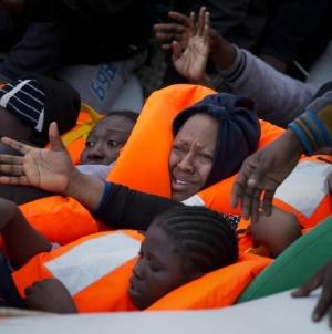 Migranti, sindaca indagata per abuso d'ufficio