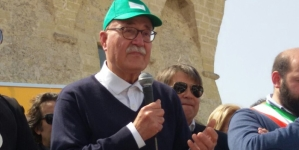 Tap, Serravezza sospende il digiuno