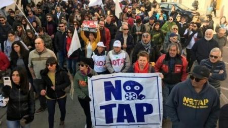 Assalto a cantiere, denunciati 52 attivisti No Tap
