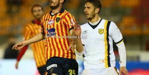 """Juve Stabia corsara al """"Via del Mare"""" contro la capolista Lecce"""