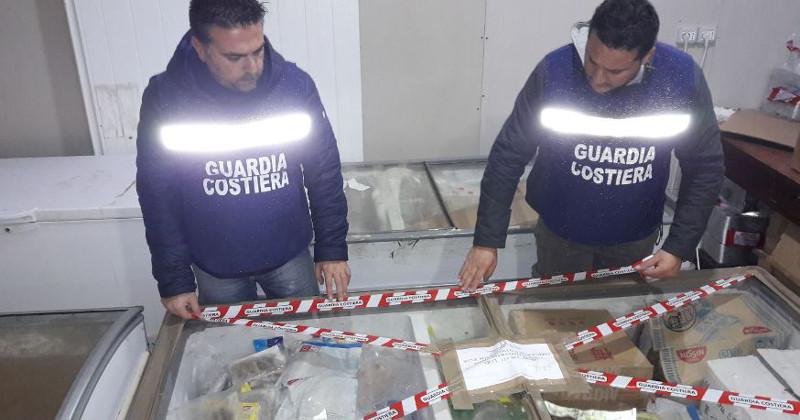 Pesca di frodo e prodotti senza etichettature: multe per 120mila euro