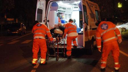 Violento impatto tra moto e bici: due morti