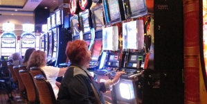 Slot machine truccate, sequestri beni per 15 milioni di euro