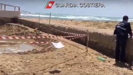 Prelevano sabbia per un lido senza autorizzazione: area sequestrata