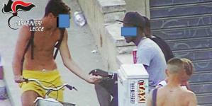 """Operazione """"Var Bay"""", 7 arresti per spaccio alla Baia verde"""