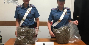 In auto cocaina e marijuana, arrestato 36enne