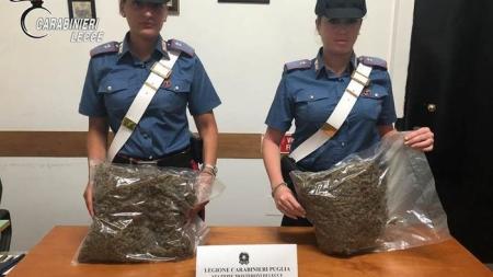 In auto cocaina e marijuana, arrestato 36enne