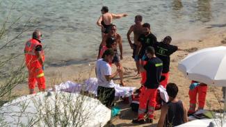 Ennesimo malore in spiaggia: 75enne muore a Santa Maria al Bagno