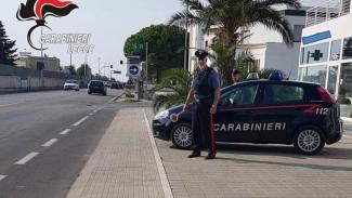 Fugge dopo uno scippo da 1300 euro: arresto 53enne