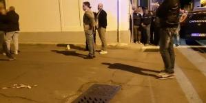 Spara ai vicini di casa: tre morti e una donna ferita