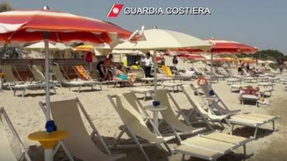 Sequestrate attrezzature balneari a Spiaggiabella