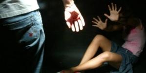 Adesca una 16enne in chat e la violenta: arrestato 22enne di Otranto