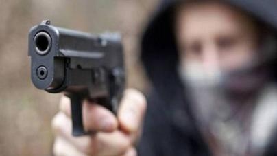 Agguato nel quartiere 167 di Lecce: gambizzato un 36enne