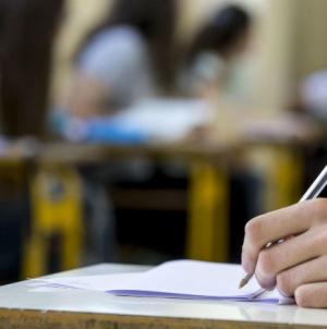 Genitore sferra un pugno al professore per giudizio negativo sul figlio