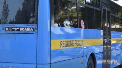 Scoppia il litigio sul bus: autista colpito alla testa con una bottiglia