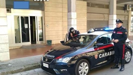 Rapina alla Banca Popolare di Bari: malviventi fuggono con 15 mila euro