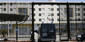 Tragedia nel carcere di Borgo San Nicola: detenuto 31enne si impicca in cella