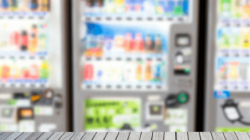 Esplode distributore automatico: gravemente ferito un operaio