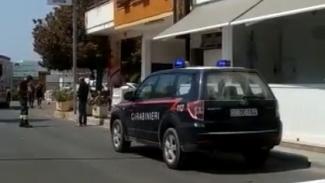 Esplode bombola del gas in un mini market: grave un uomo