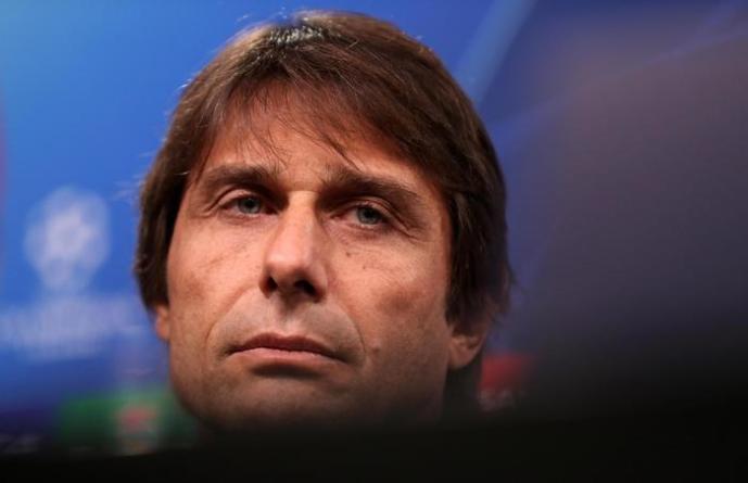 Busta con minacce e proiettile al tecnico leccese Antonio Conte