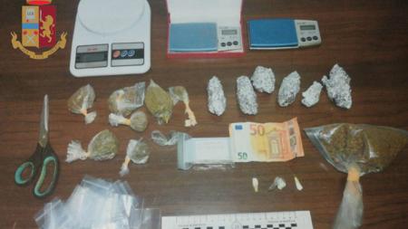 A spasso con la marijuana pronta da spacciare: arrestato 31enne leccese