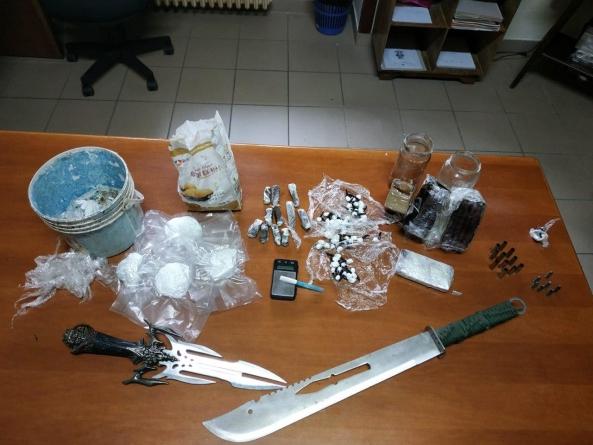Armi e due chili tra cocaina e hashish: due arresti a Tricase e Gagliano del Capo