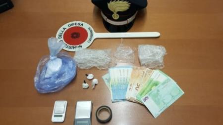 Spaccio di cocaina in casa: arrestato 51enne
