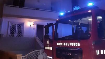 Paura a Racale: coperta elettrica prende fuoco, distrutto un appartamento