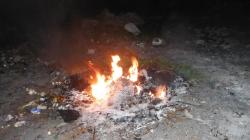 Brucia rifiuti illecitamente in un terreno: denunciato